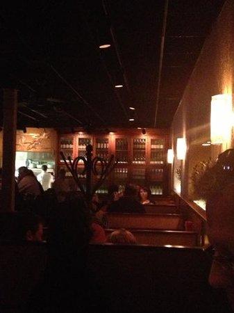 Bonefish Grill: bar dining