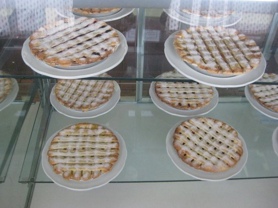 The Stove Restaurant Country Cookin: freshly baked pies ...Apple*Blueberry*Peach* Cherry*Apricot*Boysenberry