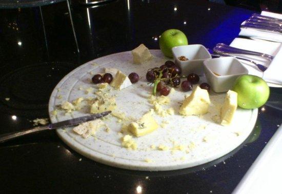 โรงแรมฮิลตัน กลาสโกว์: The Cheeseboard