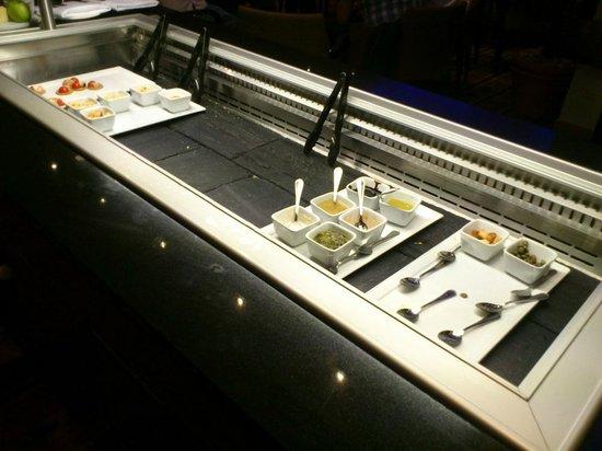 โรงแรมฮิลตัน กลาสโกว์: Overwelmed by the food choices in Executive Lounge