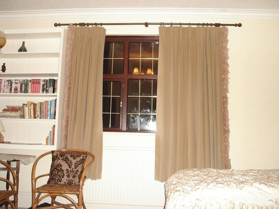 Arden House Bed & Breakfast Bexhill: Room window