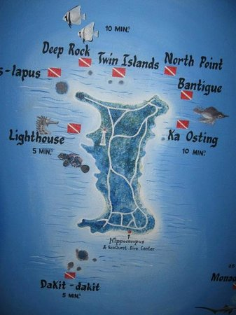 Hippocampus Beach Resort: Map of the island displayed at the resort