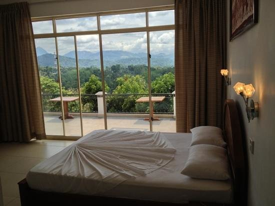 Elegant Hotel: Bedroom