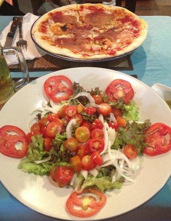 La Luna Italiano - Italian Bar and Restaurant: Om nom nom