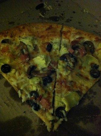 Pi Brick Oven Trattoria: Quattro stagione pizza