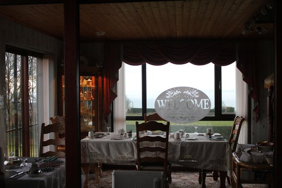 Seascape Country House: Breakfast Room