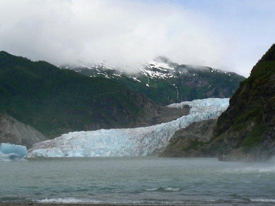 Mendenhall Glacier Visitor Center: Mendenhall Glacier