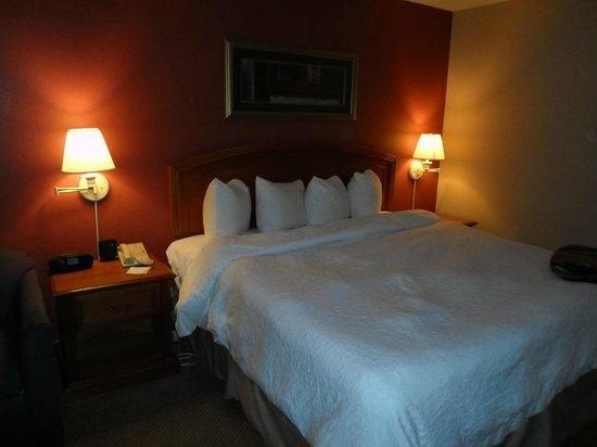 Best Western Plus Denver Tech Center Hotel: Clean Comfortable Bed