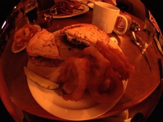 Feile Restaurant & Pub: corned beef Sandwich