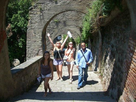 Eddie's Fun Roma: treking around