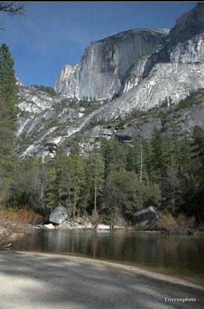 Little Ahwahnee Inn Yosemite: Yosemite