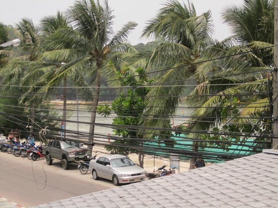 Rayaburi Beach Club Hotel: View from balcony