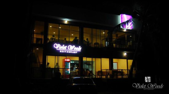 Violet Woods Restaurant: When everything else fades to the darkness, some still shine like the little stars in the sky.