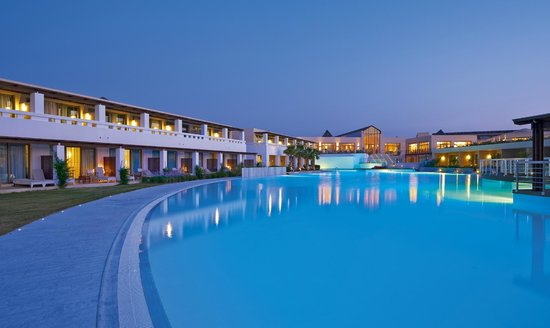 Cavo Spada Luxury Resort & Spa : Pool Area
