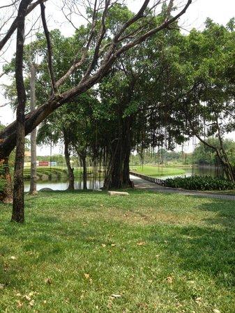 Thana City Golf Club