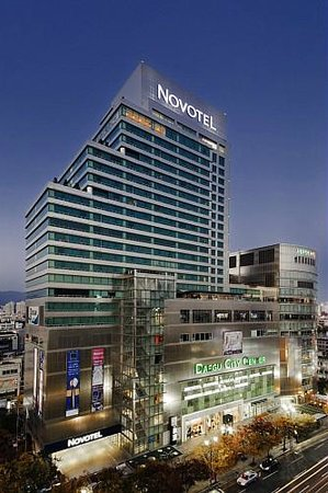Novotel Ambassador Daegu: Novotel Daegu City Center by Night
