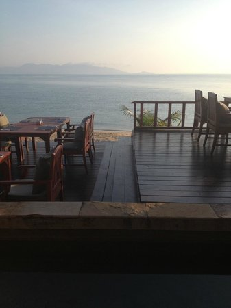Samui Buri Beach Resort : Direct on the beach !