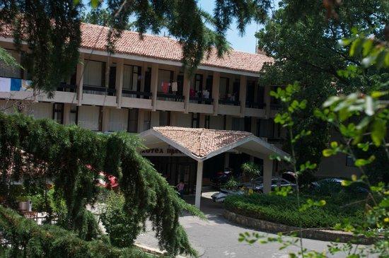 Preslav Hotel : Центральный вход
