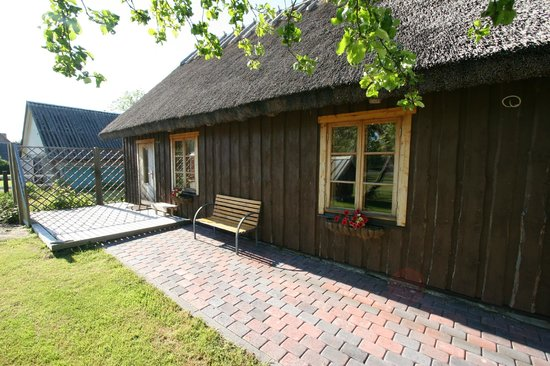 Emalendur Guesthouses: Reed roof house