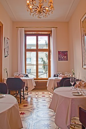 Restaurant Bel Etage im Teufelhof: Bel Etage room