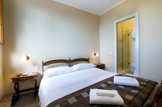 Hotel Properzio: camera matrimoniale