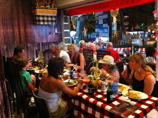 Koko Bar and Restaurant: Party