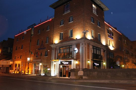 The Pier Hotel, Limerick: The Pier Hotel