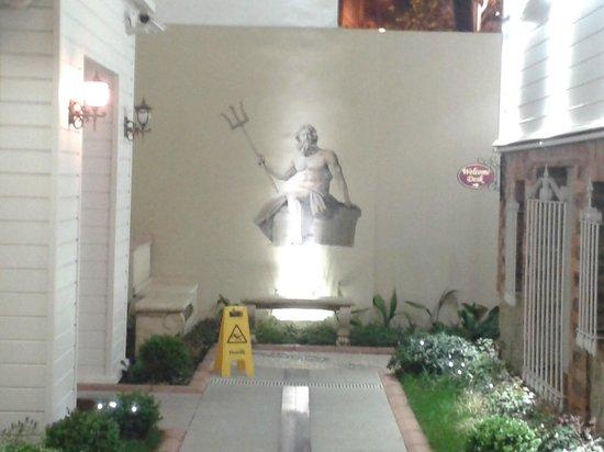 Premist Hotel: Sontuoso ingresso all'Hotel