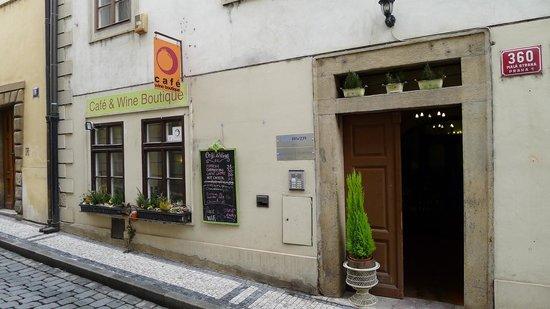 Bon Bon Cafe Entrance