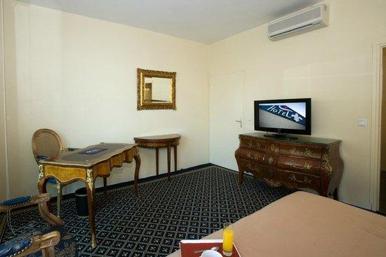 Hotel Fleur de Lys : chambre louis xv