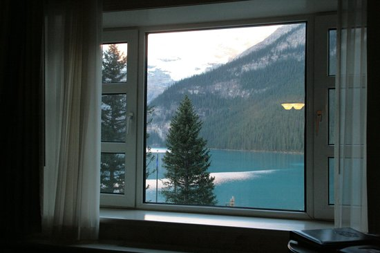 Fairmont Chateau Lake Louise: room view