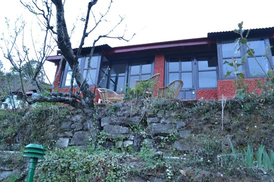Mukteshwar Mountain Trails Resort: Cottage Exterior