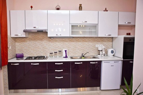 Split Apartments - Peric Hotel : Kitchen