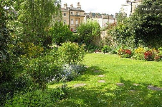 The Garden House Bath Picture