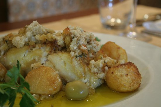 O Policia: Roasted Cod fish with corn bread