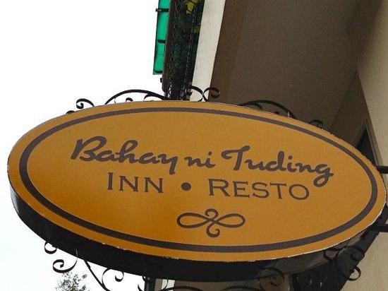 Bahay Ni Tuding Inn: Filipino name