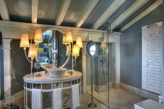 Hotel Iturregi: Baño Suite