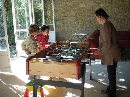 La Nesquiere: La salle de jeux en famille