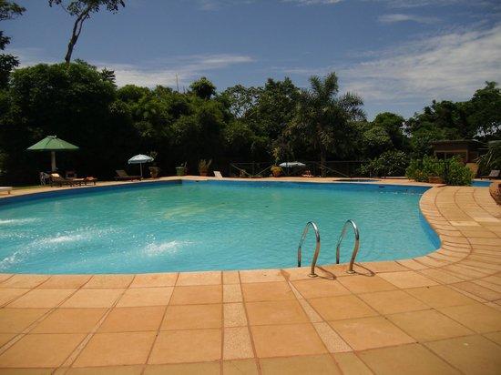 Hotel Carmen Iguazu: piscina