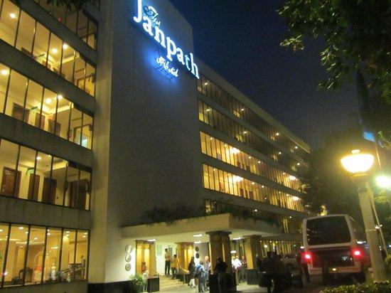The Janpath Hotel: bei Nacht