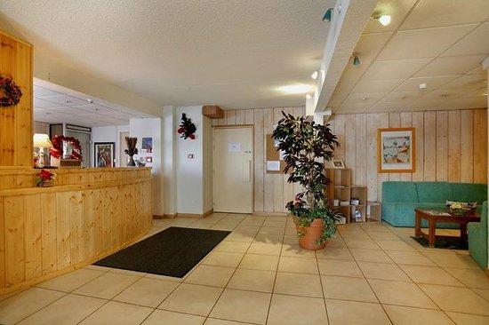 Hotel Eliova le Chaix: Réception