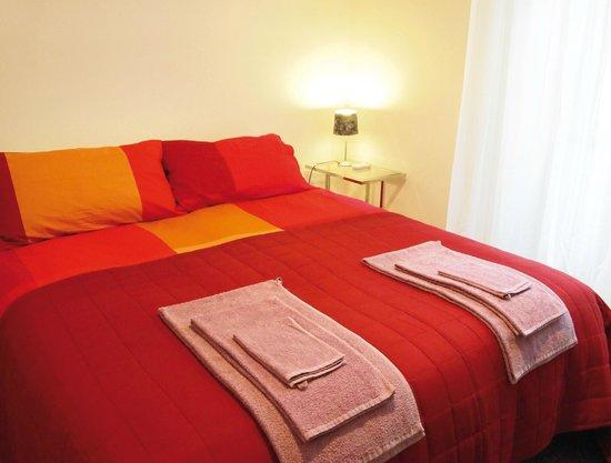 Enjoy Room : Letto matrimoniale