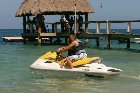 Malolo Island Resort: Fun for all ages