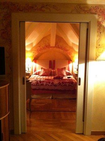 L'Albereta: Bedroom at the Suite