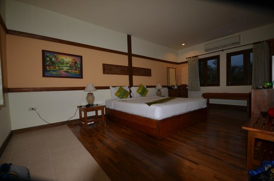 B2@Samui Beach Resort: entree chambre