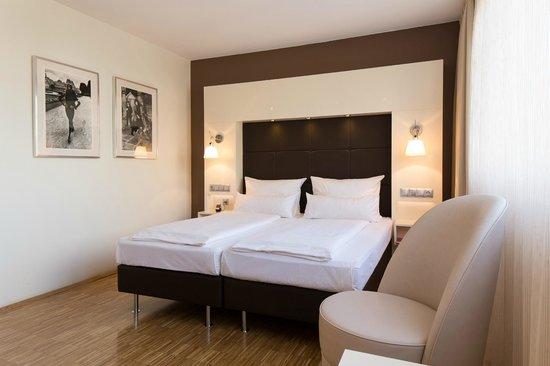 hotel santo k ln arvostelut sek hintavertailu. Black Bedroom Furniture Sets. Home Design Ideas