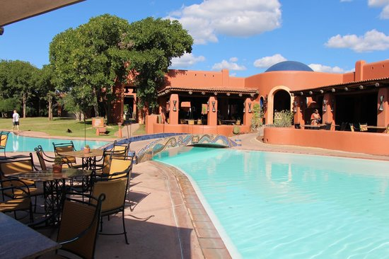 AVANI Victoria Falls Resort: The pool area