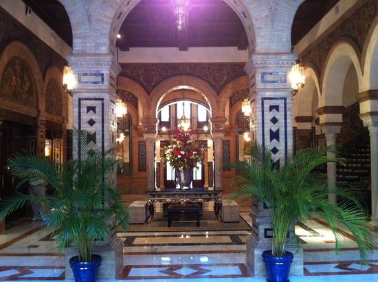 Hotel Alfonso XIII, A Luxury Collection Hotel, Seville: Lobby