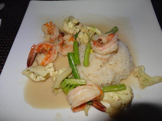 Sushi-Mi: coconut rice with shrimp