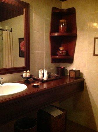 HanumanAlaya Boutique Residence: Ванная комната